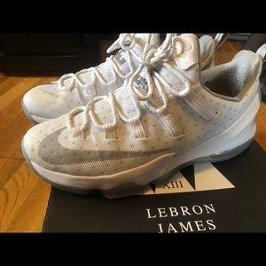 Nike LeBron James XIII 8's Size 12 🔥🔥